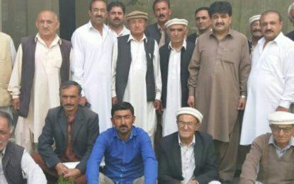 ہنزہ کی ضلعی انتظامیہ متاثرین کے کے ایچ کے لئے مختص 12 کروڑروپے دبائے بیٹھی ہے، راجہ شہباز خان