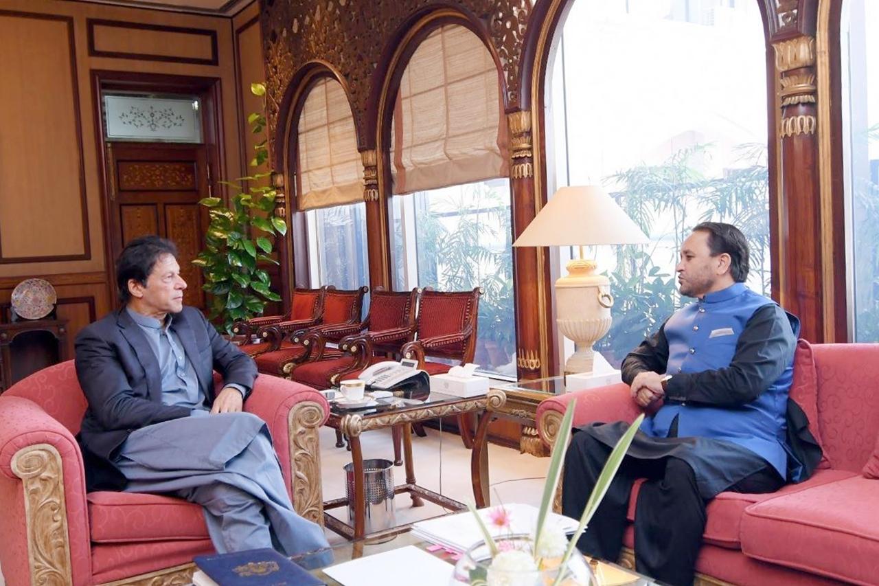 وفاقی حکومت دیامر میں تعلیمی ترقی کے لئے گلگت بلتستان حکومت کے ساتھ مل کر اقدامات کرے گی، وزیراعظم عمران خان