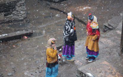 """کیلاش وادی میںقدیم ثقافتی تہوار """"چھومس""""کی تقریبات کا آغاز، وادیاںساز اور آہنگ سے جھوم اُٹھیں"""