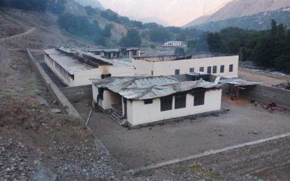 داریل گرینڈ جرگہ نے سکولوں کو جلانے کے مقدمے میں ملوث ایک اور ملزم پاک فوج کے حوالے کردیا