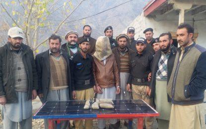 سپیشل برانچ کی کاروائی کوہستان کا رہائشی چار کلو گرام چرس کے ساتھ گرفتار