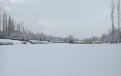 یاسین : بالائی علاقہ درکوت میں شدید برفباری، رابطہ سڑکیں بند، نظام زندگی مفلوج