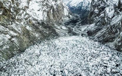 شسپر گلیشیر کے پھیلاو کی وجہ سے اہم نہر کا سربند متاثر ہوگیا، مرکزی ہنزہ کی بڑی آبادیاں بحران کا شکار