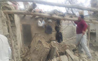 شگر: مرہ پی میں غریب محنت کش گھر زمین بوس ہونے سے بے گھر ہوگیا