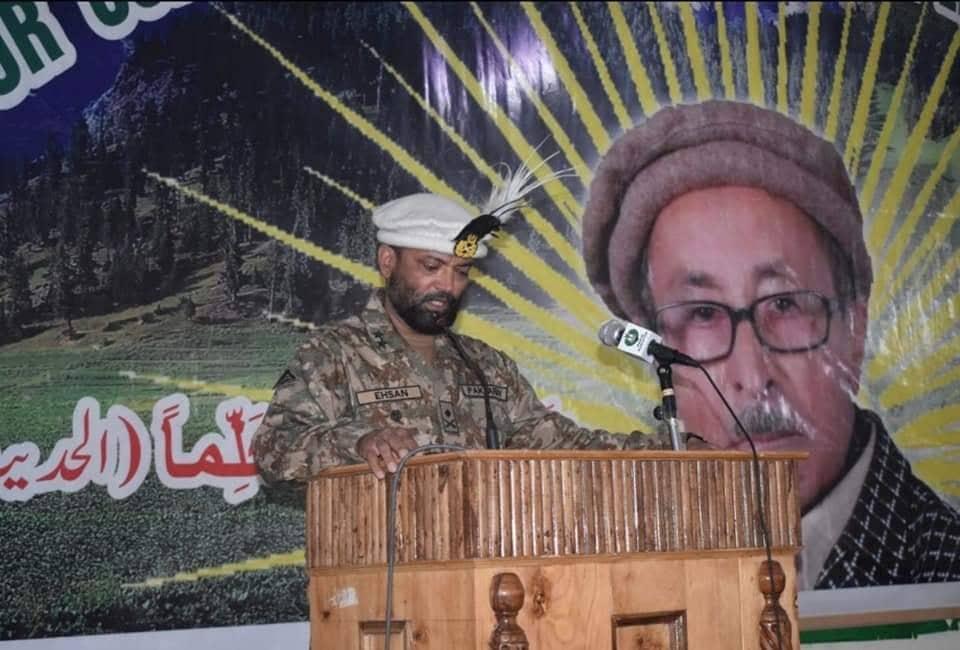 فورس کمانڈر کا پروفیسر عثمان علی کو سیلوٹ