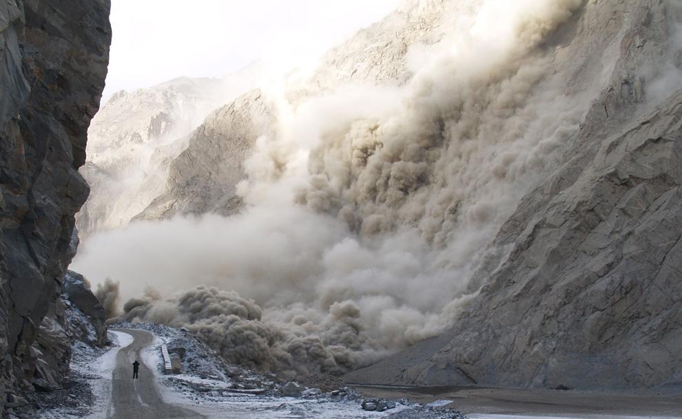 گلگت بلتستان کے سیاحتی مقامات کو قدرتی آفات سے بچانے میں سول سوسائٹی کا کردار