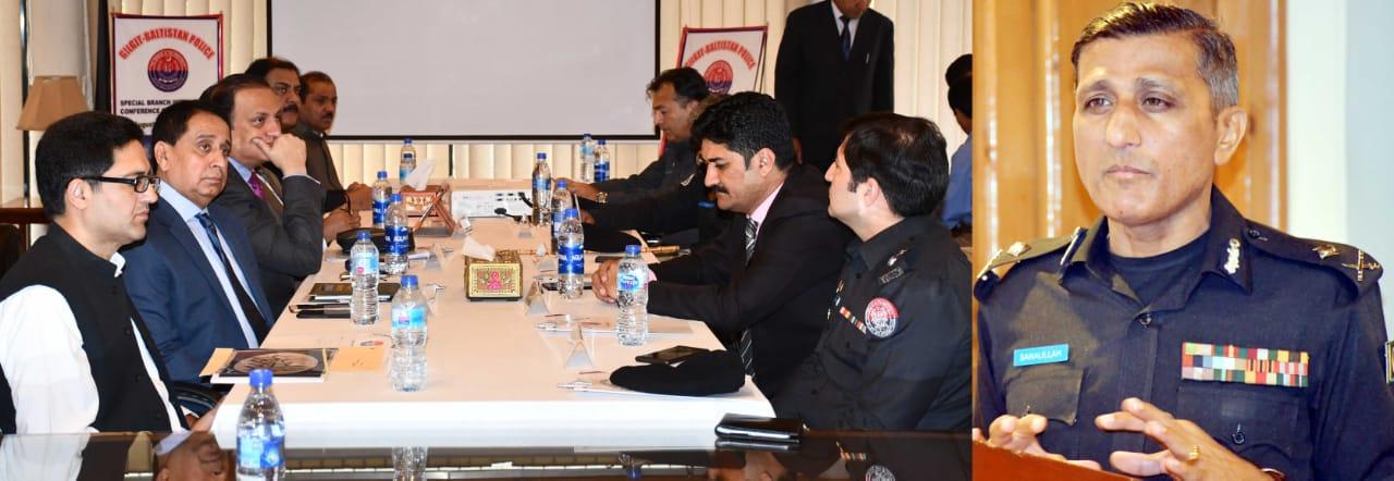 ملک کو پرامن اور ترقی یافتہ بنانے کے لئے انٹیلیجنس شیرینگ ضروری ہے، آئی جی پی ثنا اللہ عباسی کا انٹیلیجنس کانفرنس سے خطاب