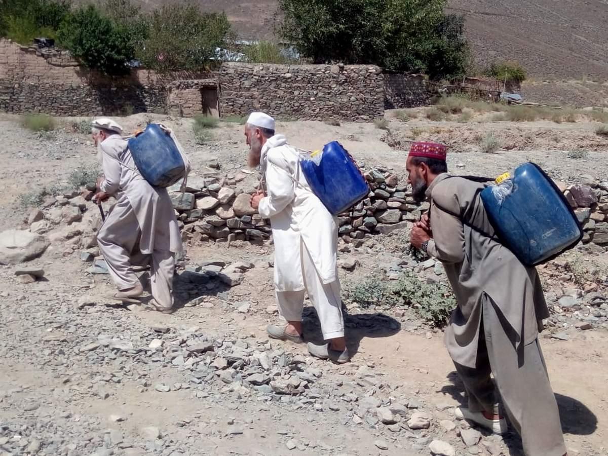 چترال کے سیلاب سے متاثر وادی گولین میںآبنوشی اور آبپاشی کے مسائل بڑھ رہے ہیں، مقامی افراد حکومت سے مایوس