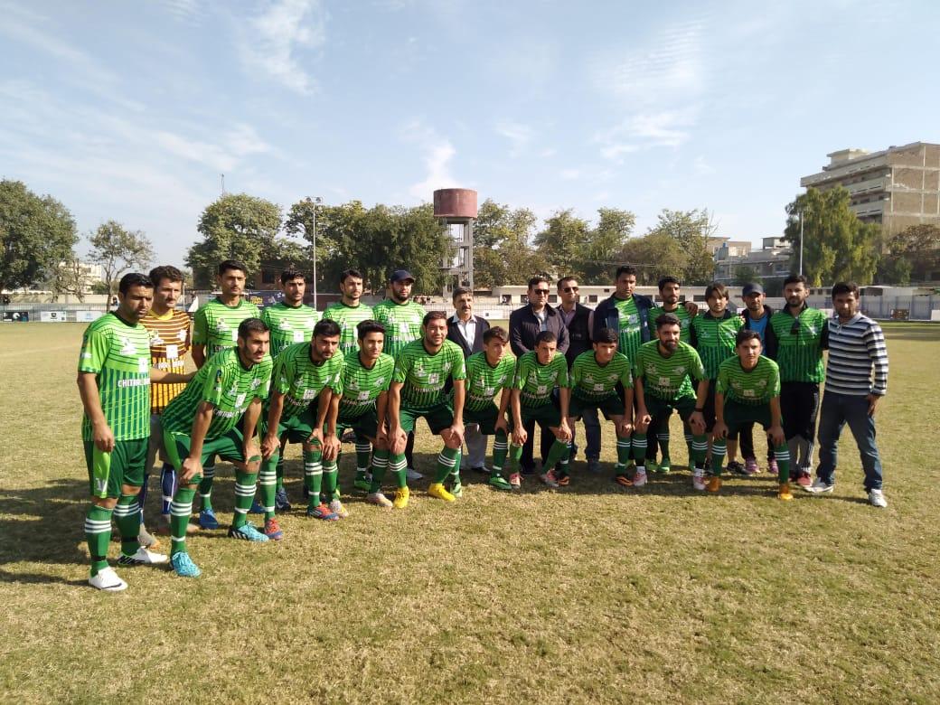 چترال درویش کی ٹیم پشاور فٹ بال لیگ کے فائنل میں پہنچ گئی، تاریخی کامیابی
