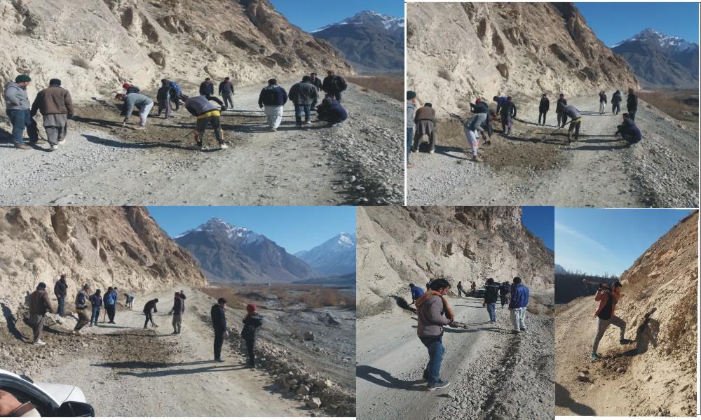 ضلع اپر چترال میں اسماعیلی والنٹئیرز کے کارکنوں نے علاقے میں سڑکوں کی مرمت میںحصہ لیا