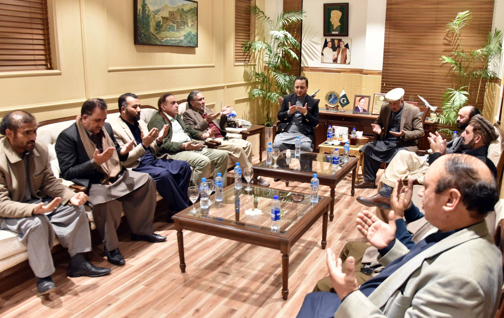 گلگت بلتستان کی آئینی بے چینی کا حل سرتاج عزیز کمیٹی کی سفارشات ہیں، پارلیمانی کمیٹی