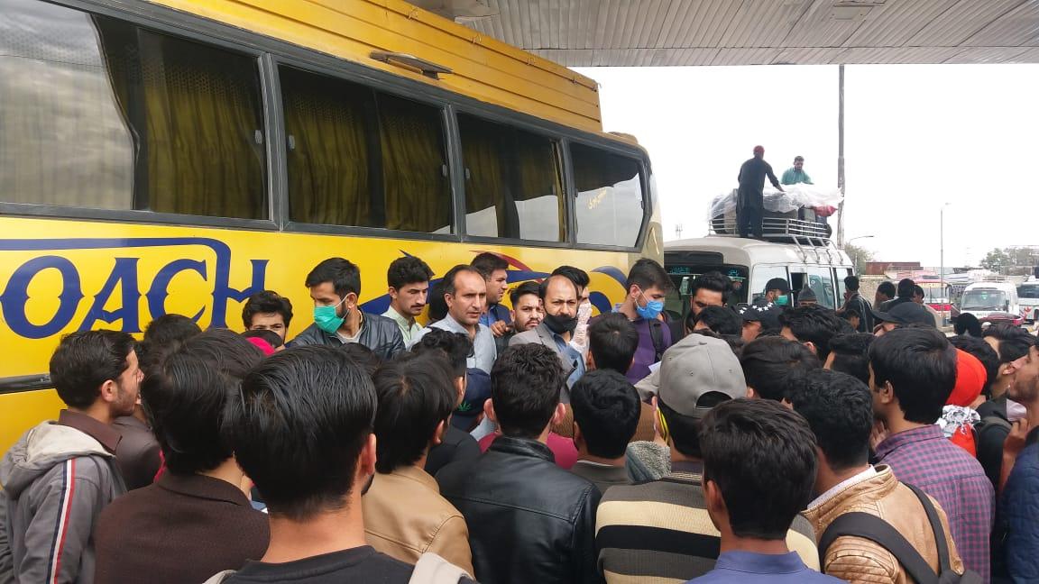 پنجاب بورڈ آف انوسٹمنٹ کے چیرمین نے عالم نور حیدر کی درخواست پر طلبہ وطالبات کے لئے ٹرانسپورٹ کا بندوبست کردیا