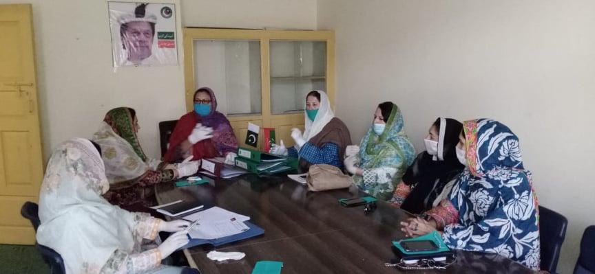 پاکستان تحریک انصاف خواتین ونگ کا اجلاس منعقد، 'ن لیگ' سے حساب لینے کا عزم