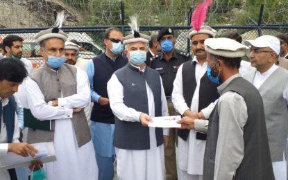 بالائی چترال کی بحالی اور ترقی کے لئے ہر ممکن مدد فراہم کریںگے، وزیر اعلی محمود خان