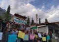 معروف سماجی کارکن حسنین رمل کی رہائی کے لئے علی آباد ہنزہ میںاحتجاجی مظاہرہ